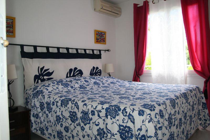 bedroom Location Apartment 109014 Saint Gilles