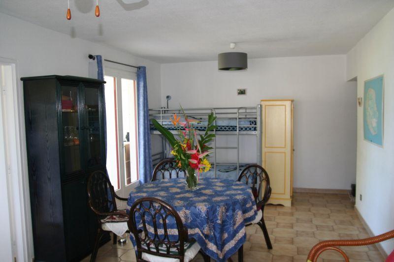 Living room Location Apartment 109014 Saint Gilles