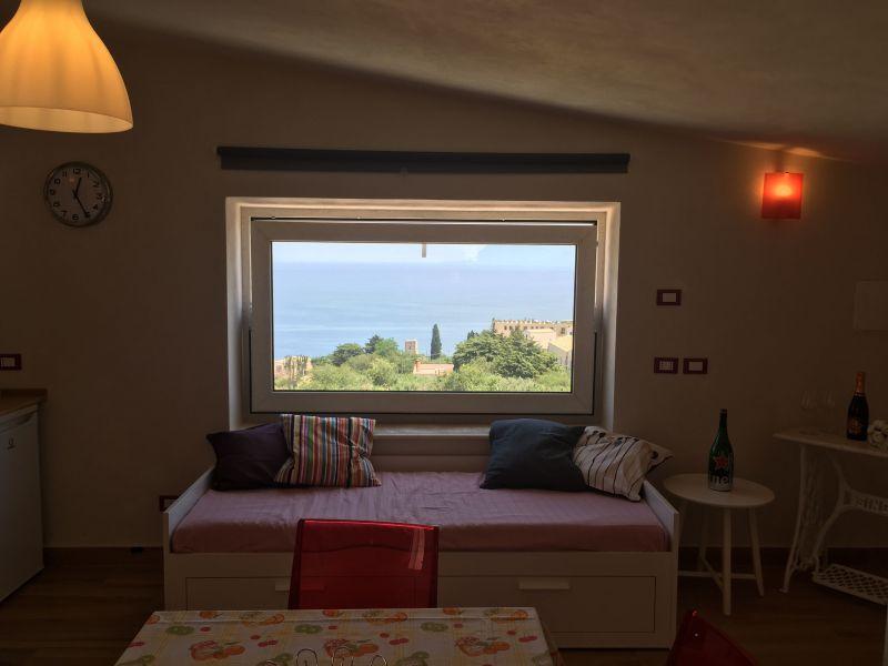 Location Apartment 111022 Scopello