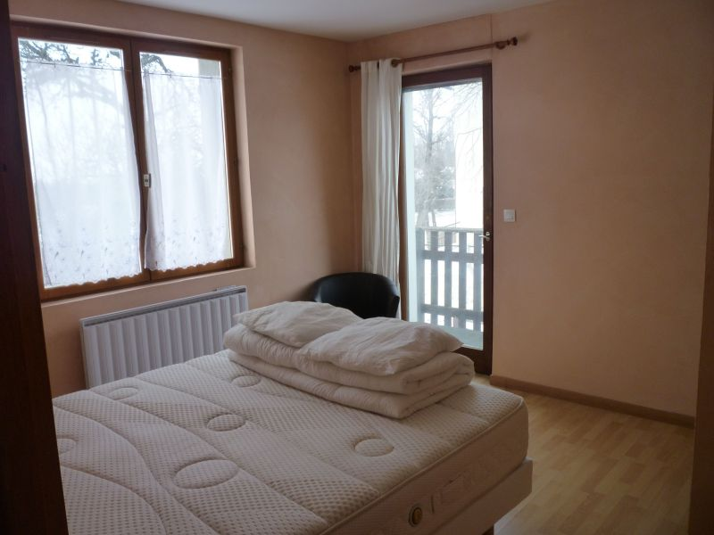 bedroom 2 Location Apartment 116906 Thollon Les Mémises