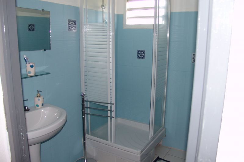 bathroom Location Apartment 117365 Goyave