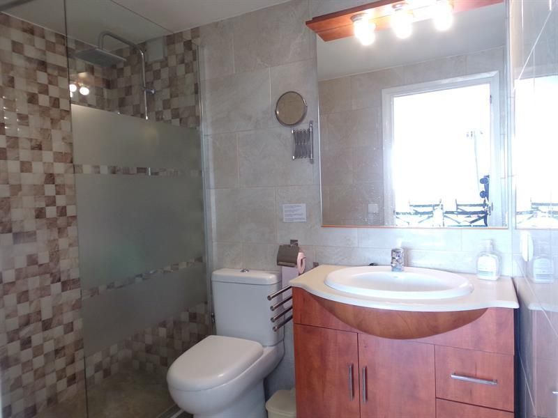 bathroom 5 Location Villa 117948 Lloret de Mar