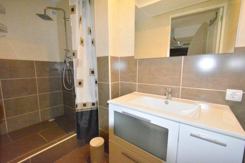 bathroom 3 Location Villa 117948 Lloret de Mar