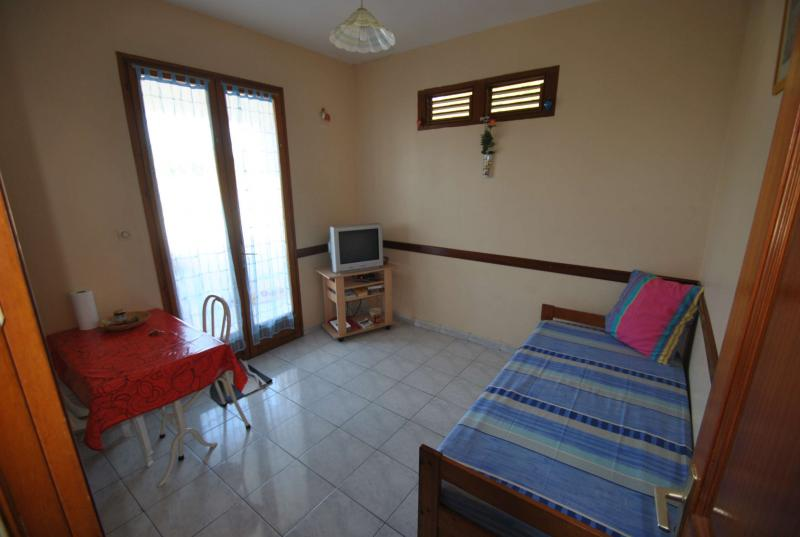 Living room Location Apartment 67787 Sainte Anne (Martinique)