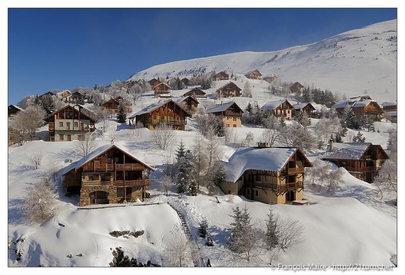 Outside view Location Apartment 76417 Alpe d'Huez