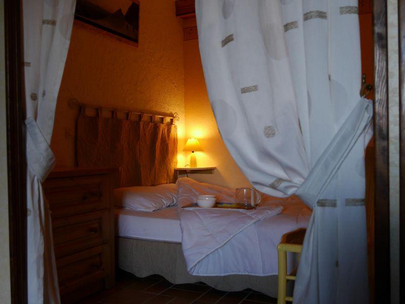 bedroom 2 Location Apartment 76417 Alpe d'Huez