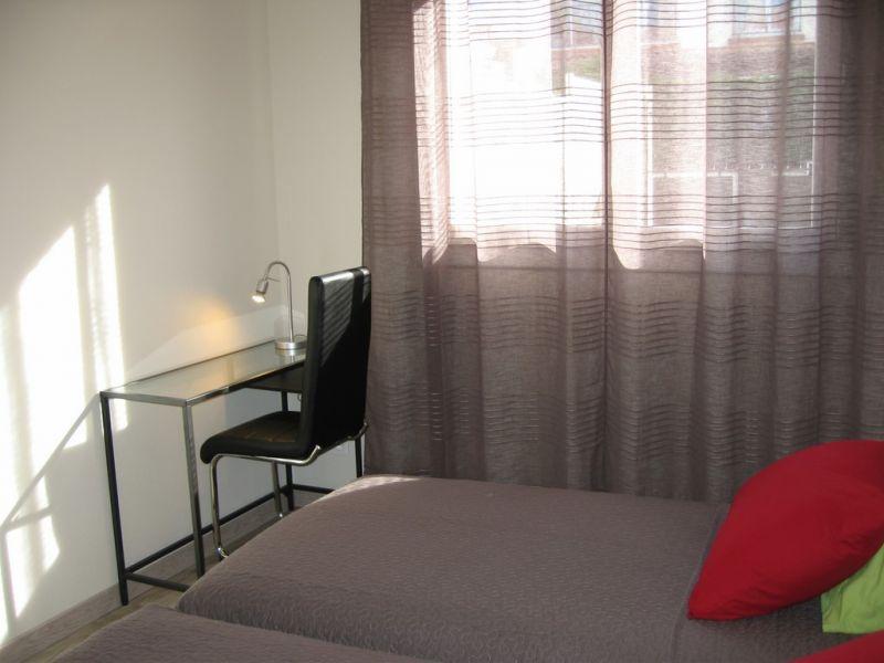 bedroom 2 Location Apartment 84824 Montpellier