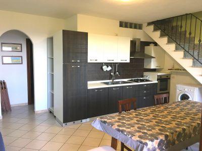 Open-plan kitchen Location Apartment 94262 Santa Teresa di Gallura