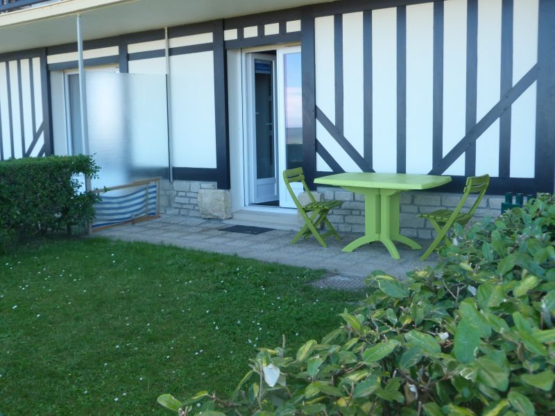 Outside view Location Apartment 10748 Cabourg