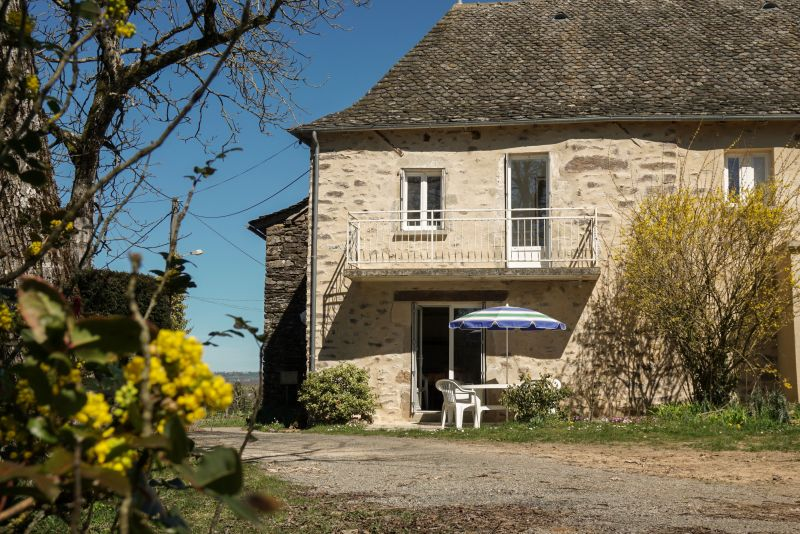Location Self-catering property 12137 Rignac