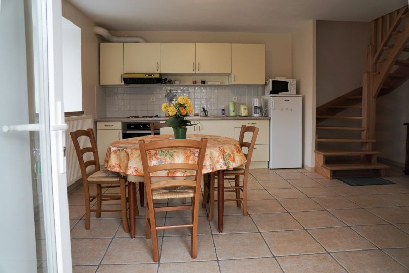 Kitchenette Location Self-catering property 12137 Rignac