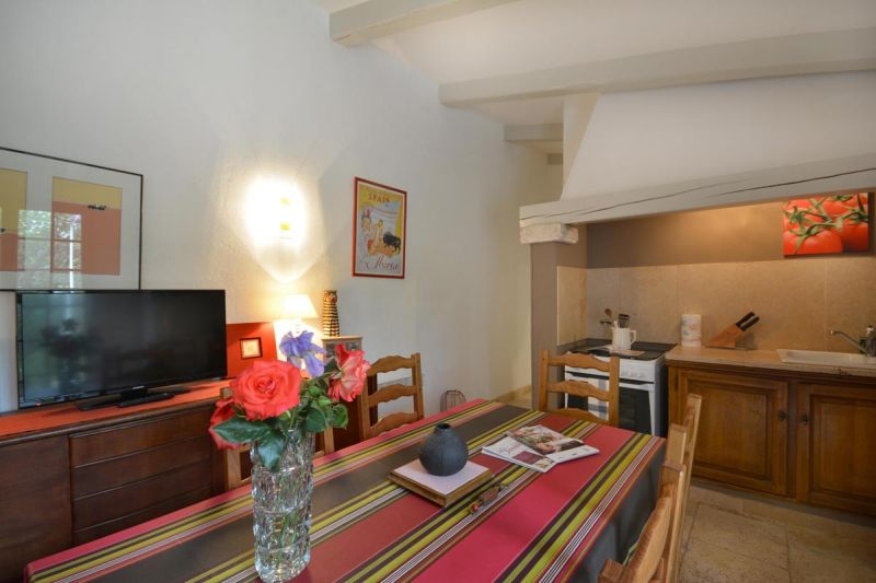 Location Self-catering property 13098 Les Baux de Provence