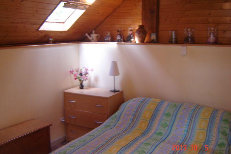 bedroom 1 Location Studio apartment 14408 Lourdes