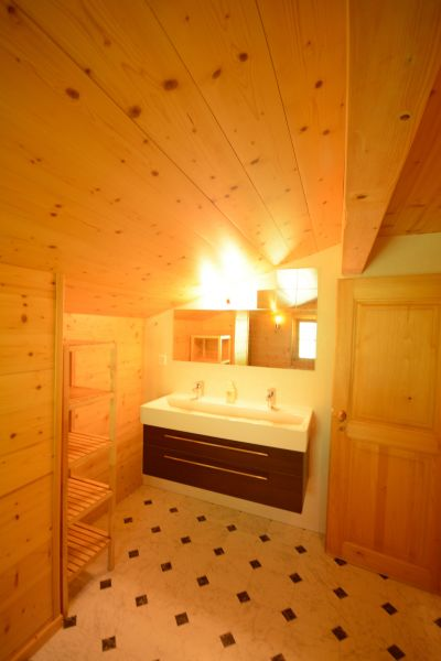 bathroom 1 Location Chalet 14794 Les Crosets