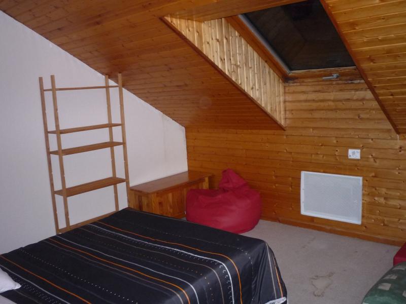 bedroom 3 Location Apartment 1547 La joue du Loup