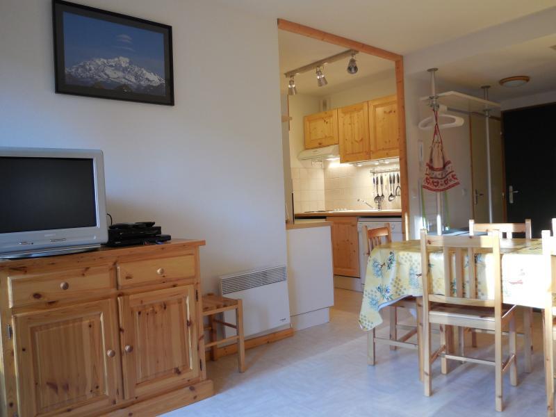 Sitting room Location Apartment 1553 La joue du Loup