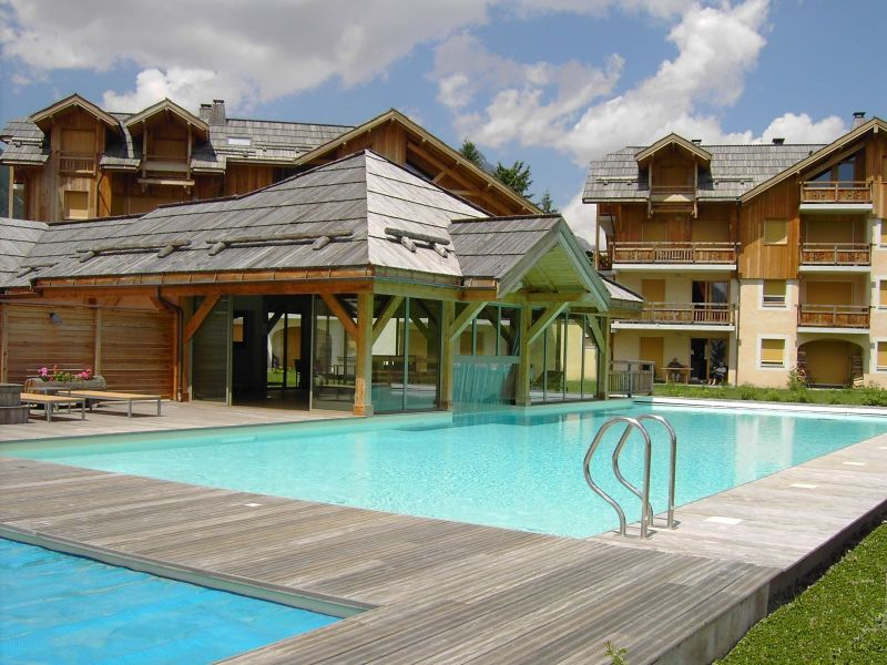 Outside view Location Apartment 15851 Serre Chevalier