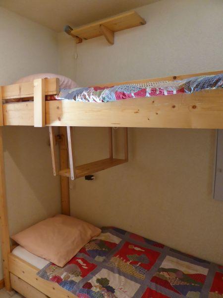 Extra sleeping accommodation Location Studio apartment 16574 Châtel