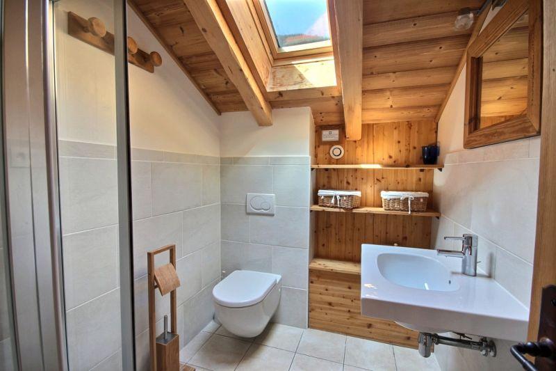 bathroom 1 Location Chalet 17372 Saint Jean d'Aulps- La Grande Terche