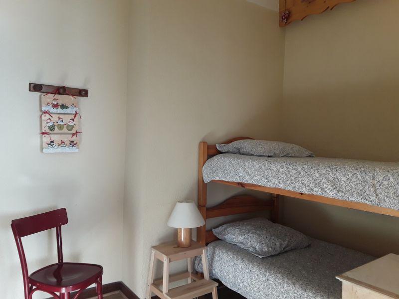 Extra sleeping accommodation Location Apartment 1873 Montgenevre