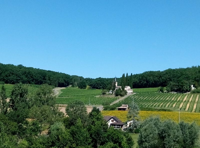 Surroundings Location Self-catering property 19555 Cahors