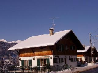 Outside view Location Flat 1957 Morzine