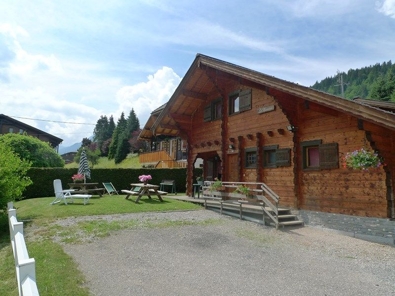 Outside view Location Chalet 1962 Morzine