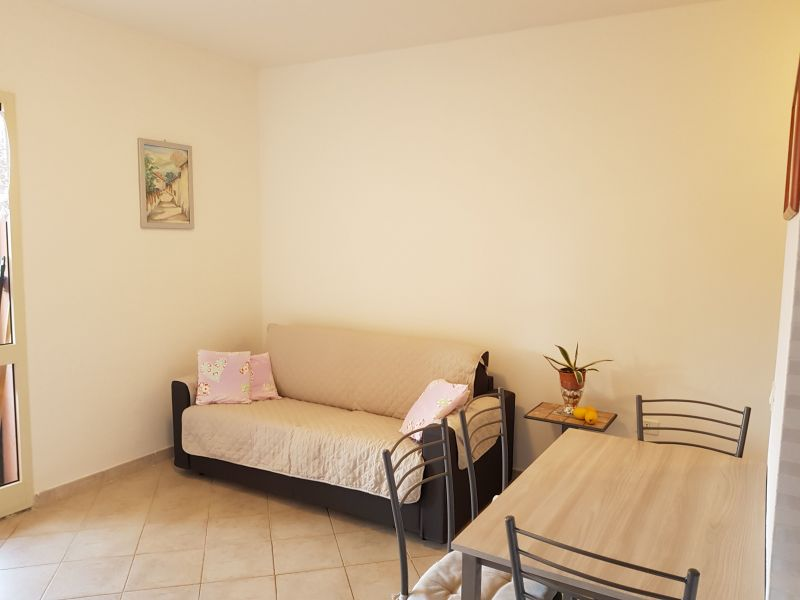Location Apartment 21206 Badesi