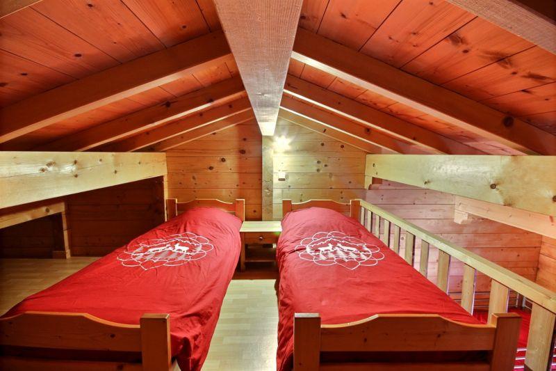 bedroom 2 Location Chalet 21894 Morzine