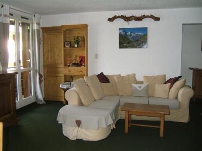 Sitting room Location Apartment 2336 Pra Loup