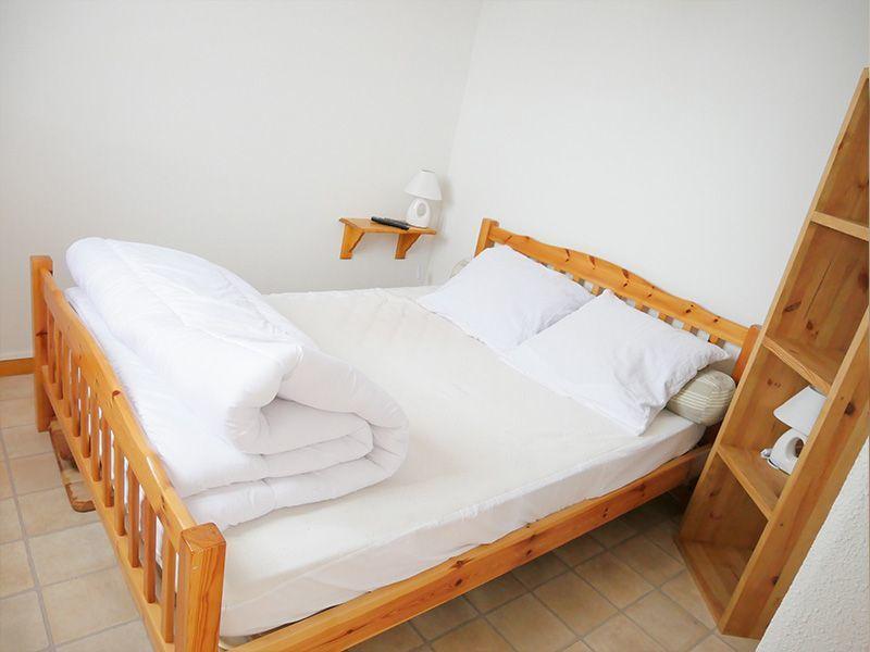 bedroom 1 Location Apartment 3080 Thollon Les Mémises