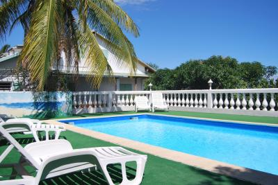 Swimming pool Location Self-catering property 32520 Saint Leu