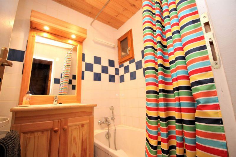 bathroom 2 Location Chalet 3290 Valfréjus