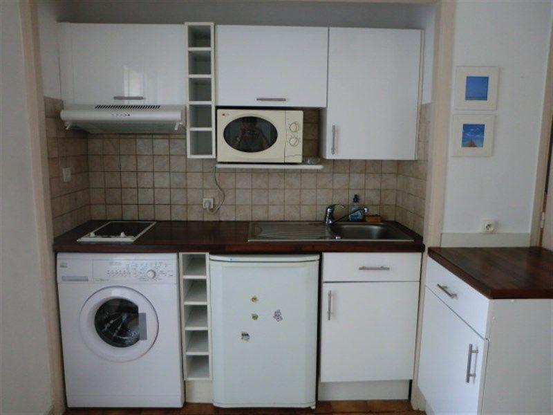 Open-plan kitchen Location Studio apartment 35014 Nice