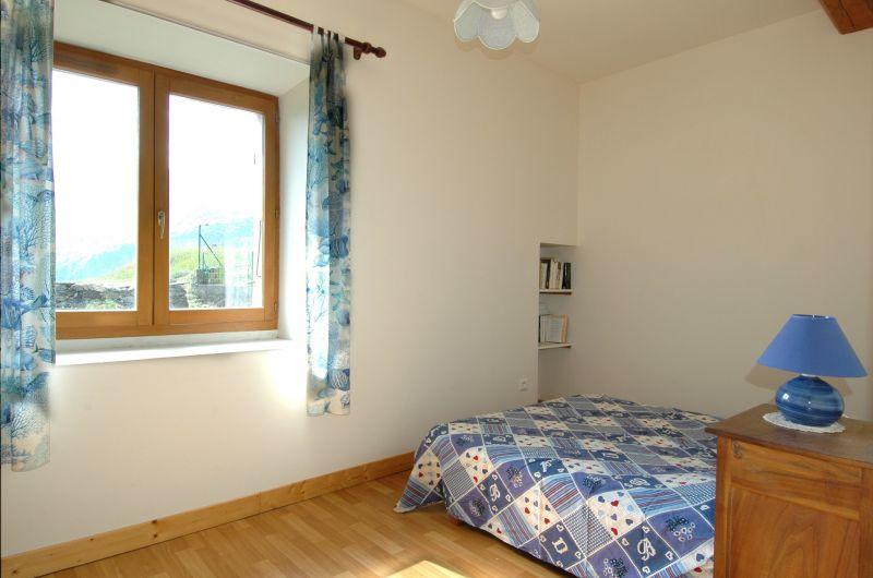 bedroom 2 Location House 371 Auris en Oisans