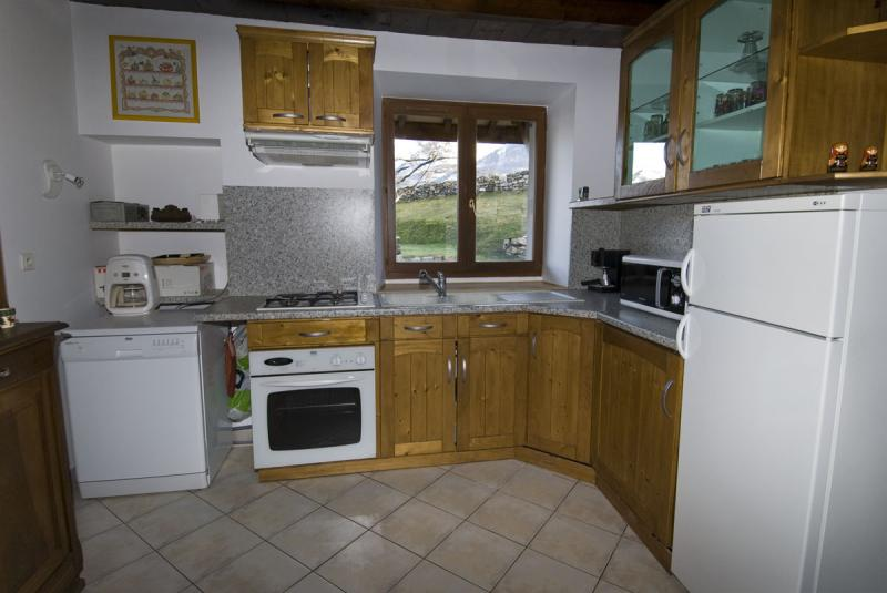 Open-plan kitchen 2 Location House 371 Auris en Oisans