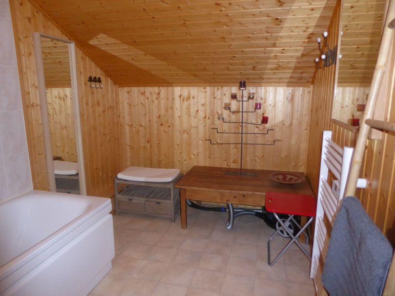 bathroom 1 Location Chalet 38701 Morzine