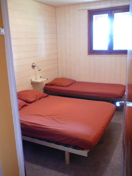 bedroom 1 Location Chalet 39409 Chamrousse