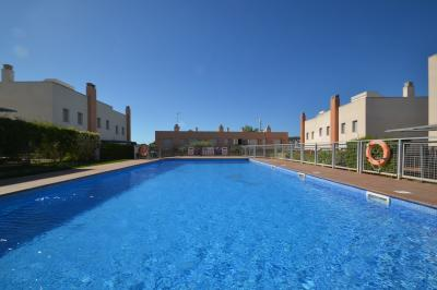 Swimming pool Location Villa 43006 Creixell