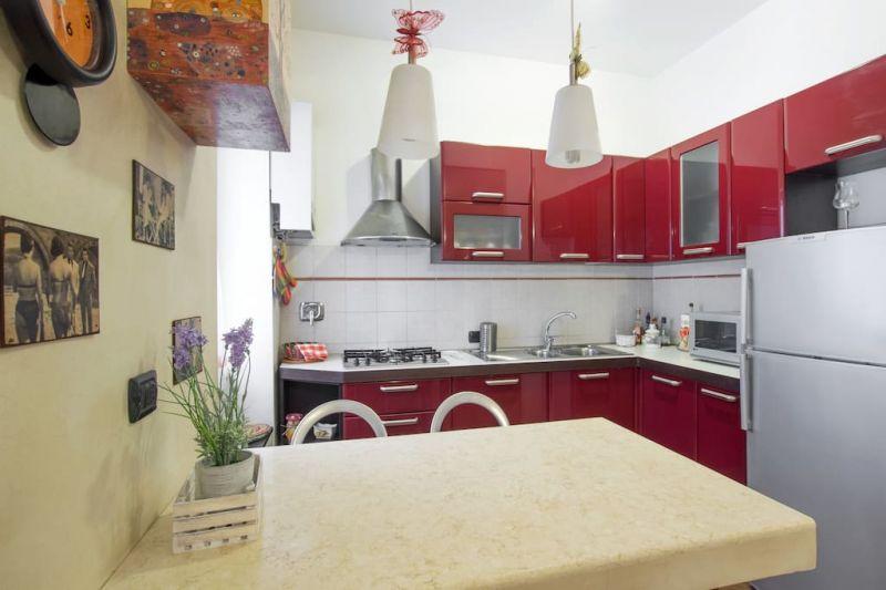 Open-plan kitchen Location Apartment 43575 Rome