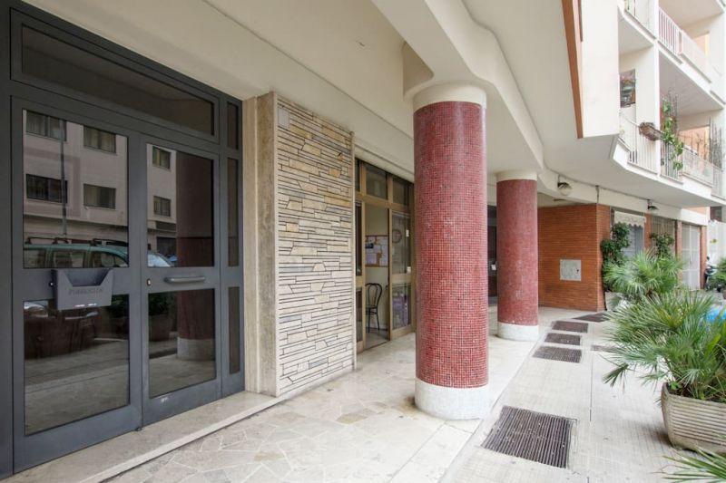 Hall Location Apartment 43575 Rome