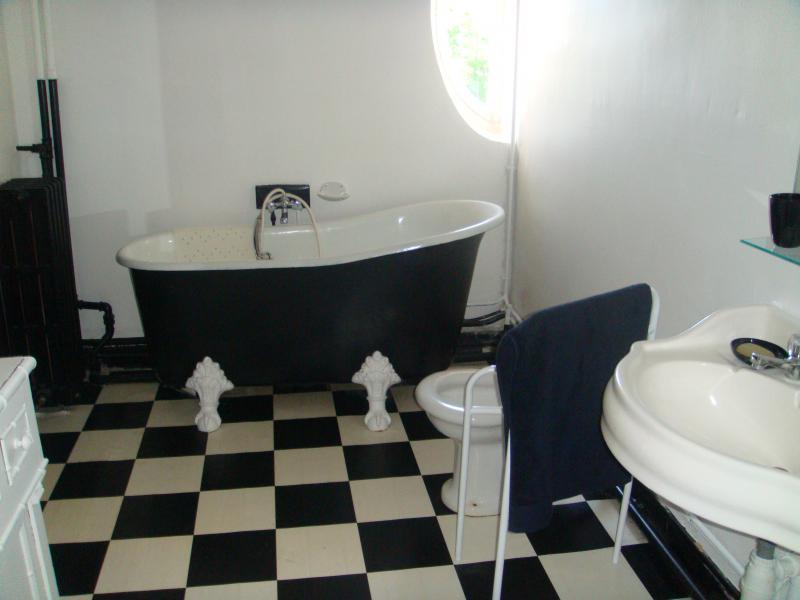 bathroom 2 Location House 43881 Bordeaux