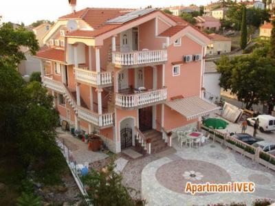 Outside view Location Apartment 44987 Malinska