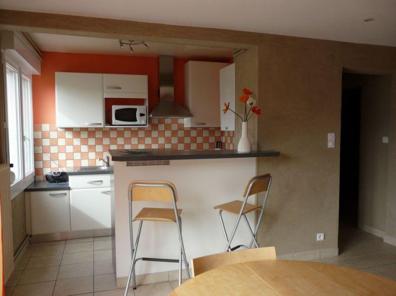 Open-plan kitchen Location Apartment 4607 Gérardmer