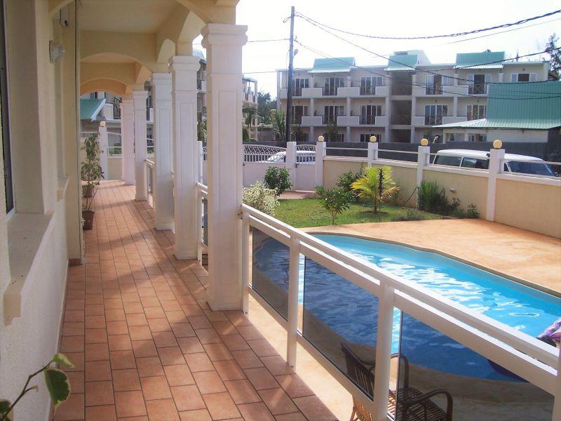 Terrace Location Apartment 48721 Pointe Aux Piments