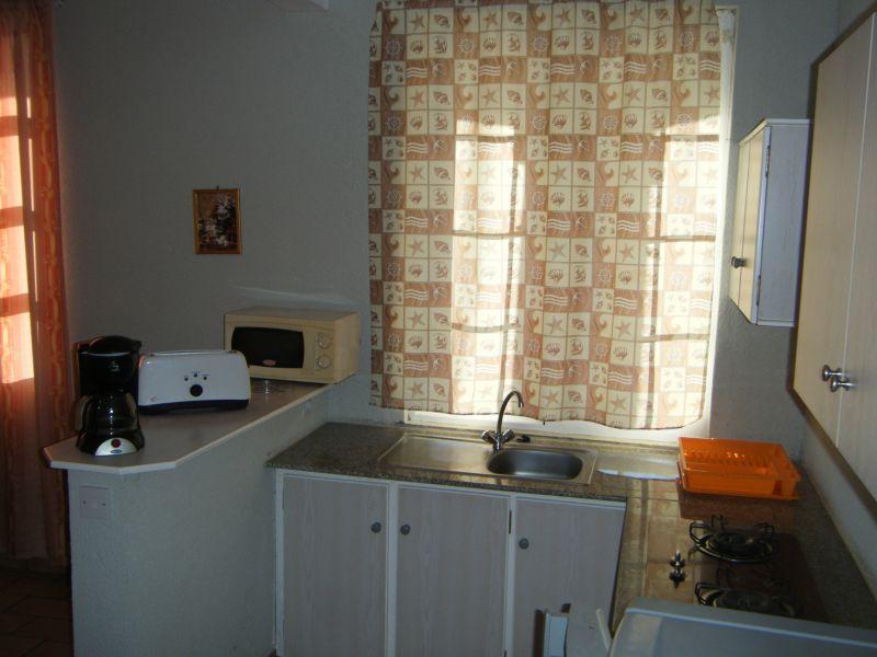 Kitchenette Location Apartment 48721 Pointe Aux Piments