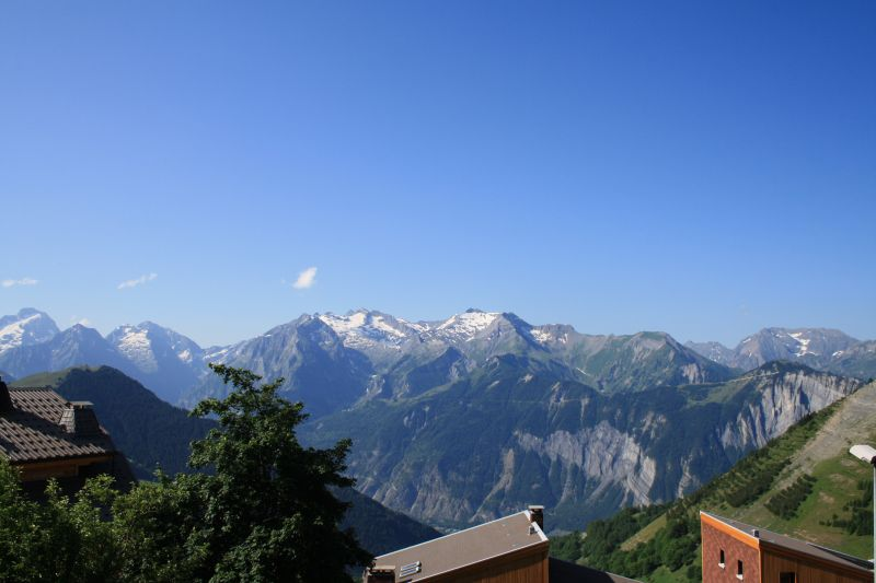 View from the balcony Location Apartment 50340 Alpe d'Huez