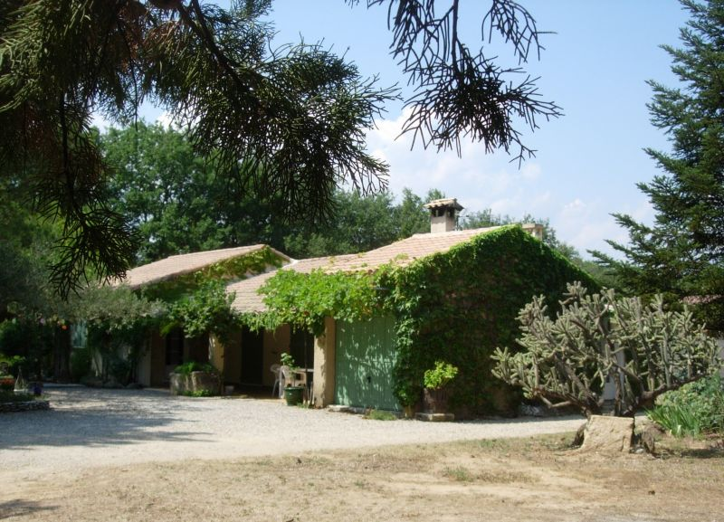 Outside view Location Villa 51831 Uzès
