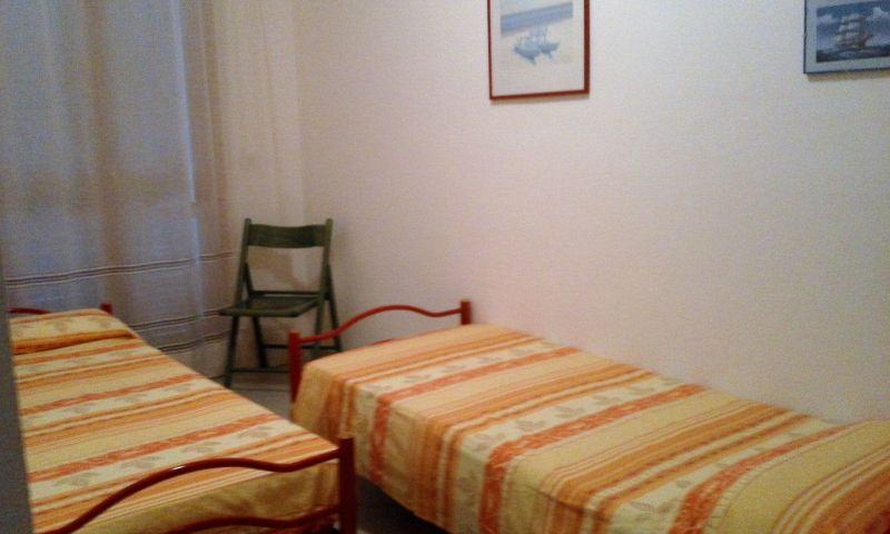 Location Apartment 52043 Isola Rossa