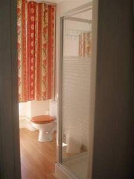 bathroom Location Apartment 52894 Ax Les Thermes